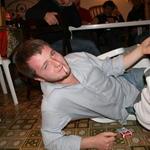 Sempre Kenzio rompe le sedie